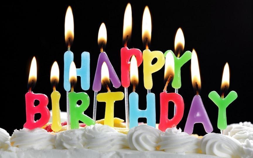 https://apkpure.com/happy-birthday-hd-wallpapers/com.andromo.dev266299.app360395