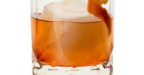 30 Famous Whiskey Quotes to Inspire Your Next Drink | 30 Whiskey quotes ideas | 30 Quotes About Whiskey from the Famous Drinkers